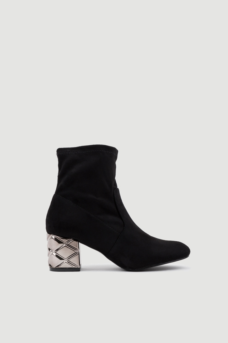 Picture of ANKLE BOOTS WITH METALLIC LOW-HEEL