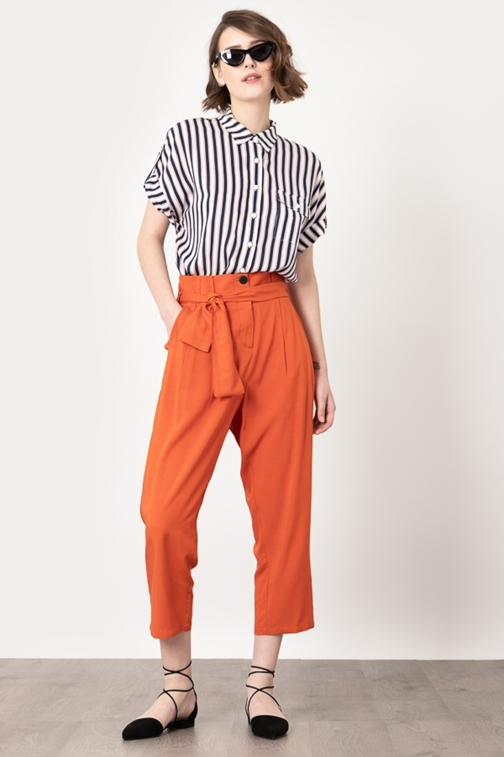Picture of HIGH WAISTED PANTS WITH PLEATS (2)