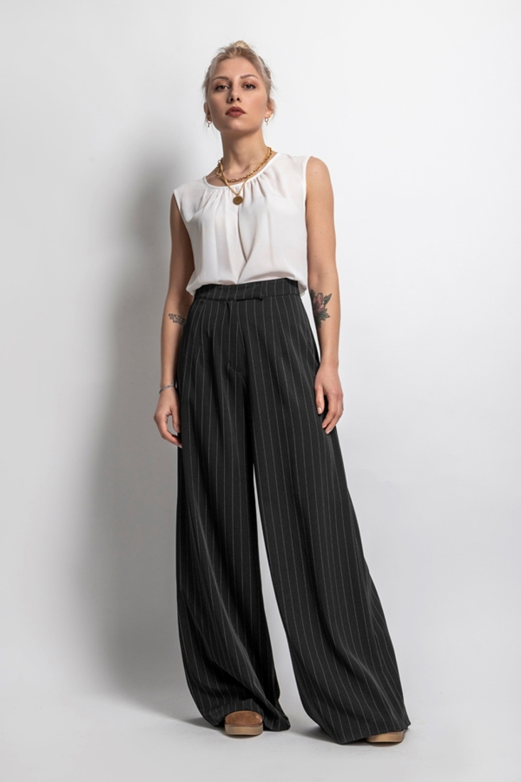 Picture of STRIPPED PANTS (2)