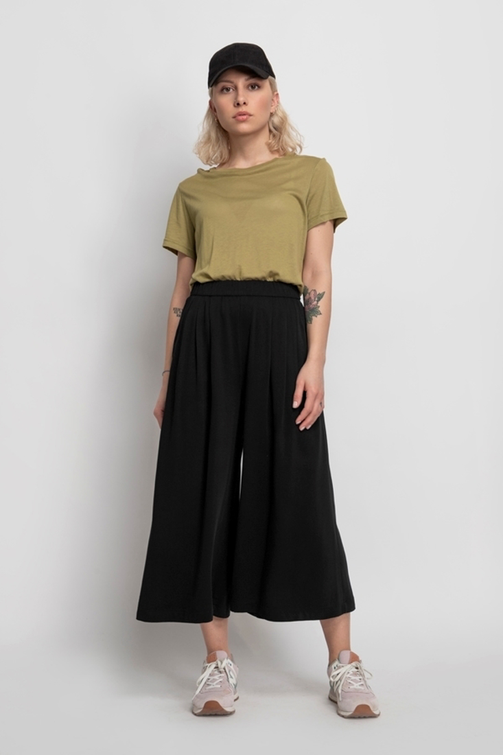 Picture of HIGH WAISTED CROP PANTS