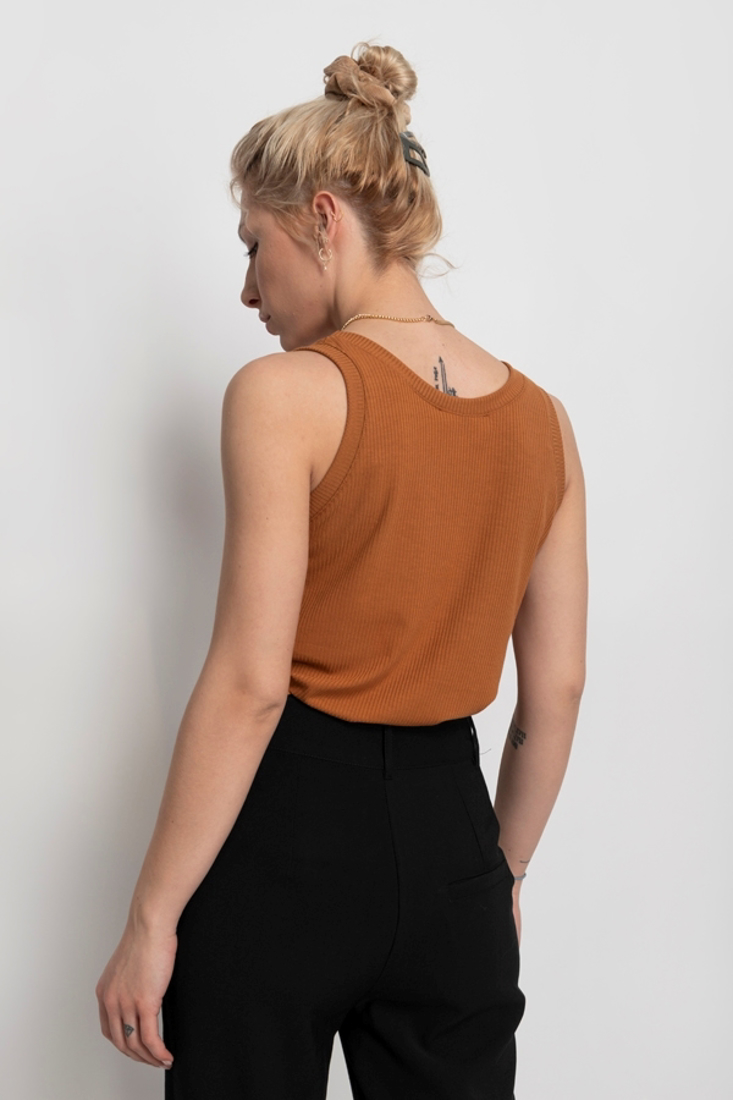 Picture of SLEEVELESS BASIC TOP