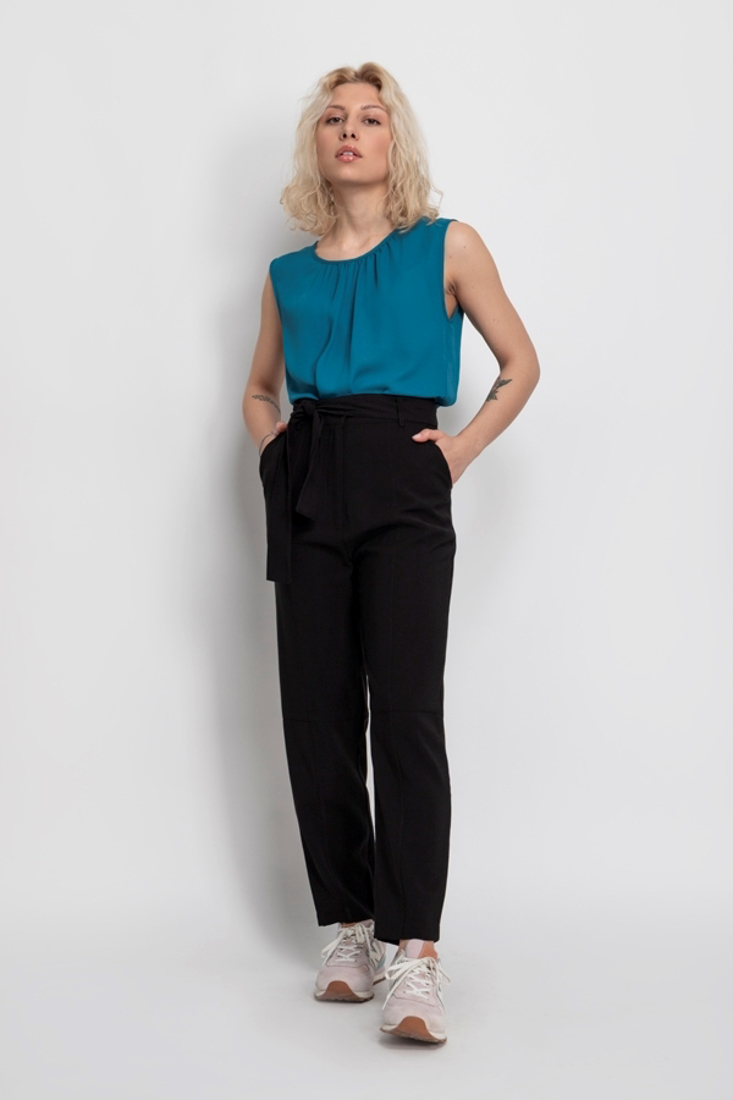 Picture of STRAIGHT TROUSERS (2)
