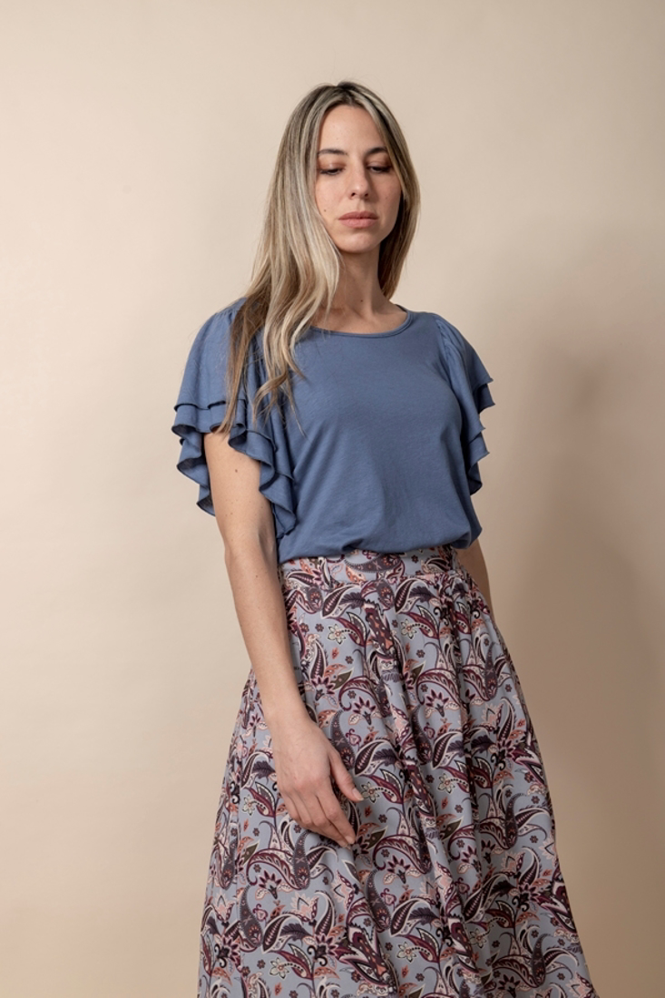 Picture of T-SHIRT WITH RUFFLE TRIMS (2)