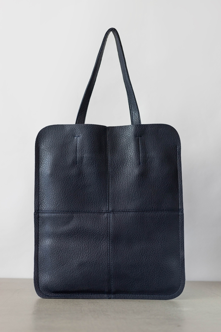 Picture of MINIMAL TOTE BAG (2)