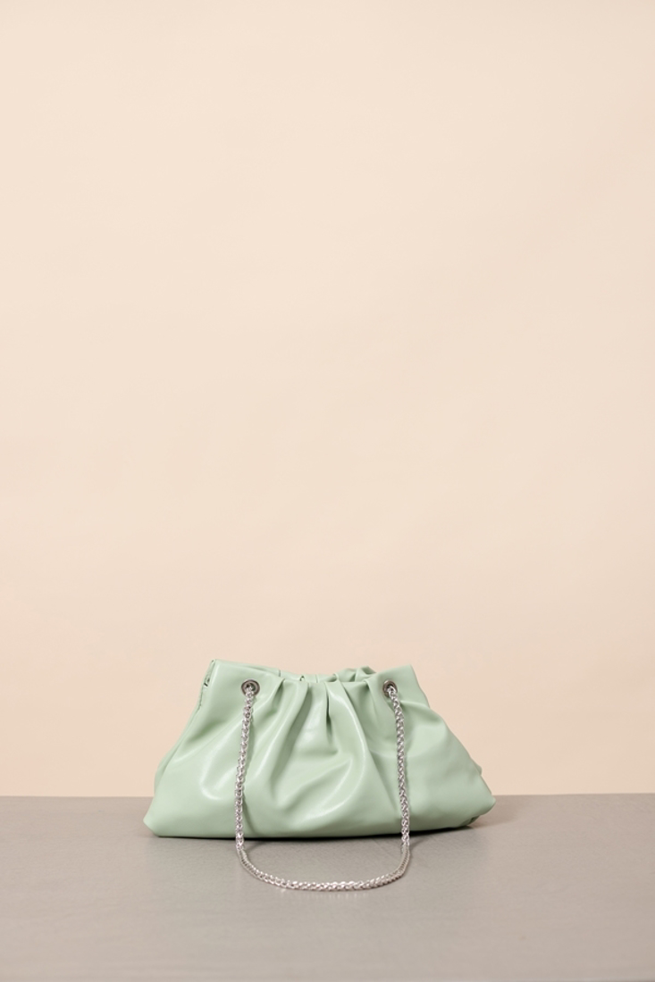Picture of SHOULDER BAG WITH CHAIN