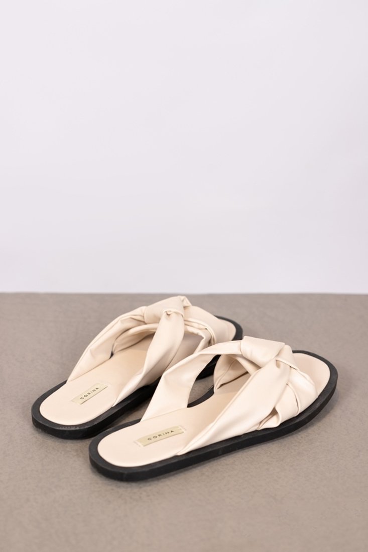 Picture of FLAT SANDALS