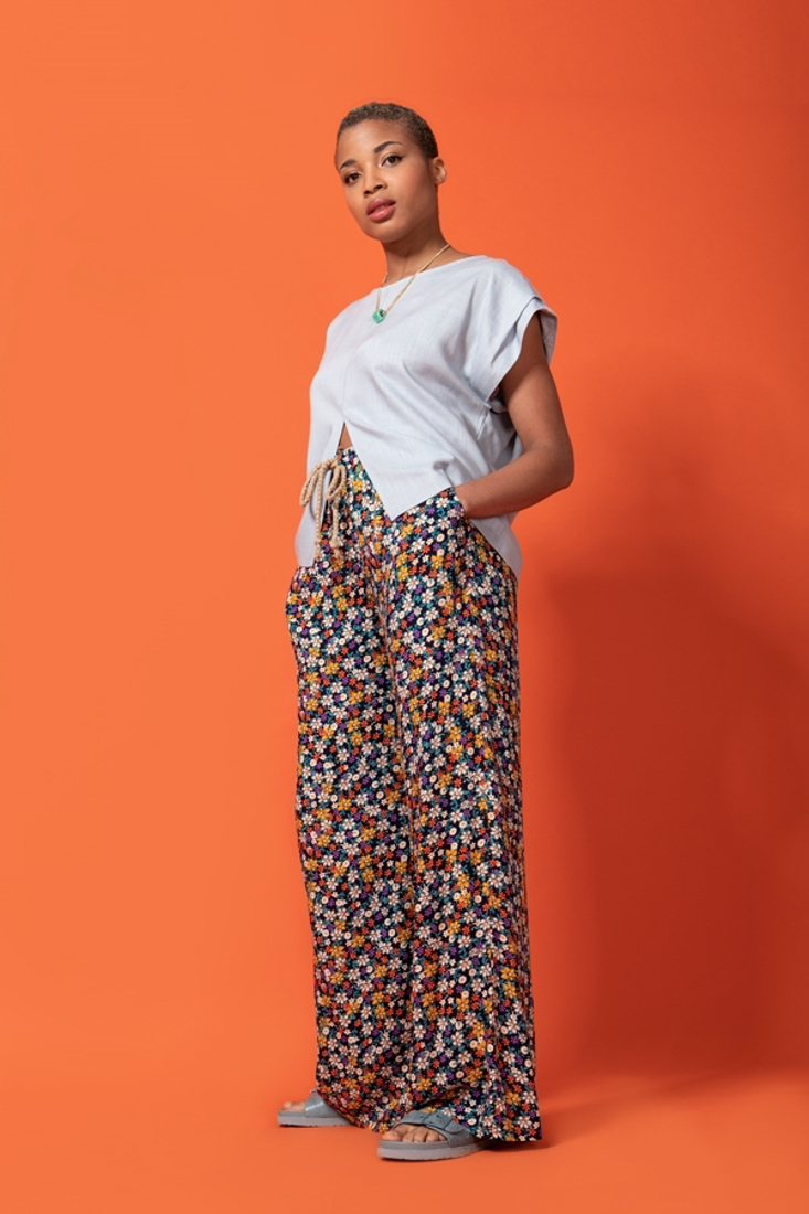 Picture of PRINTED WIDE LEG TROUSERS