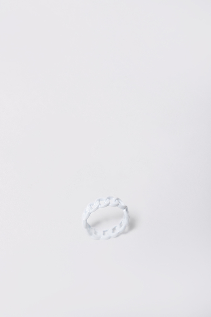 Picture of CHAIN SHAPED RING