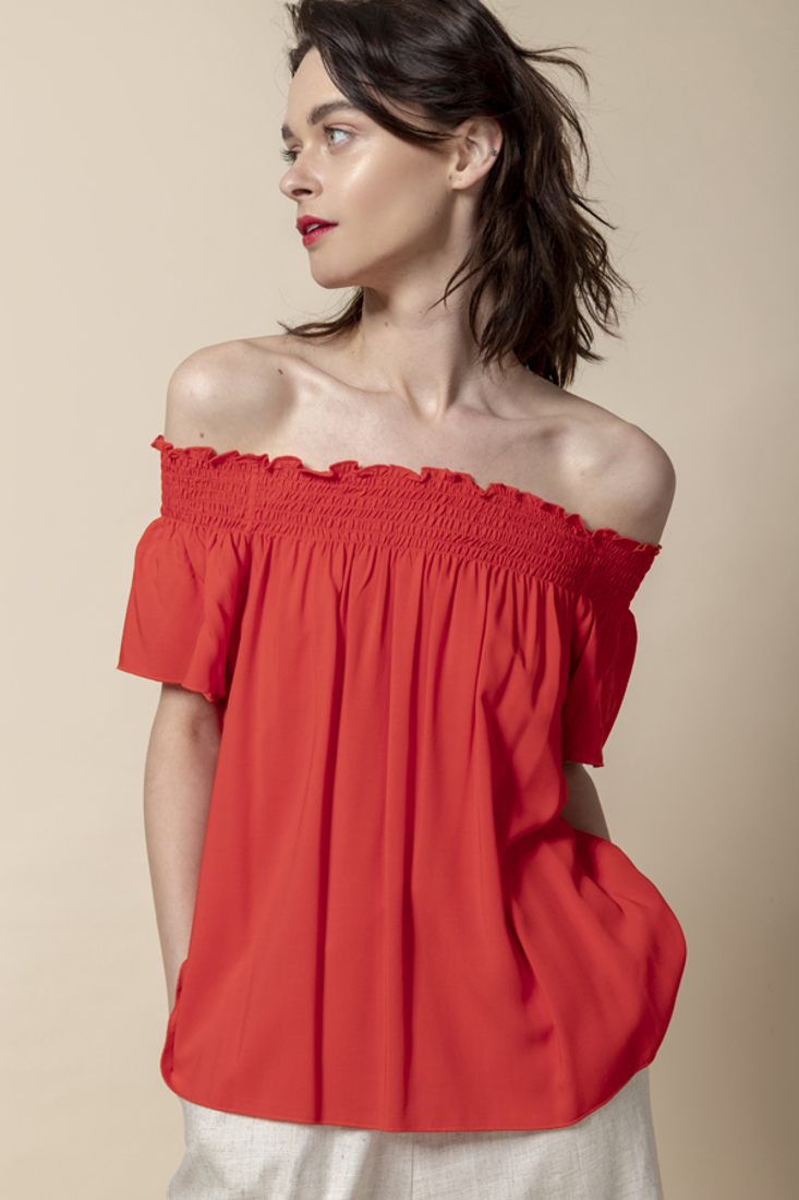 Picture of OFF SHOULDER TOP (2)