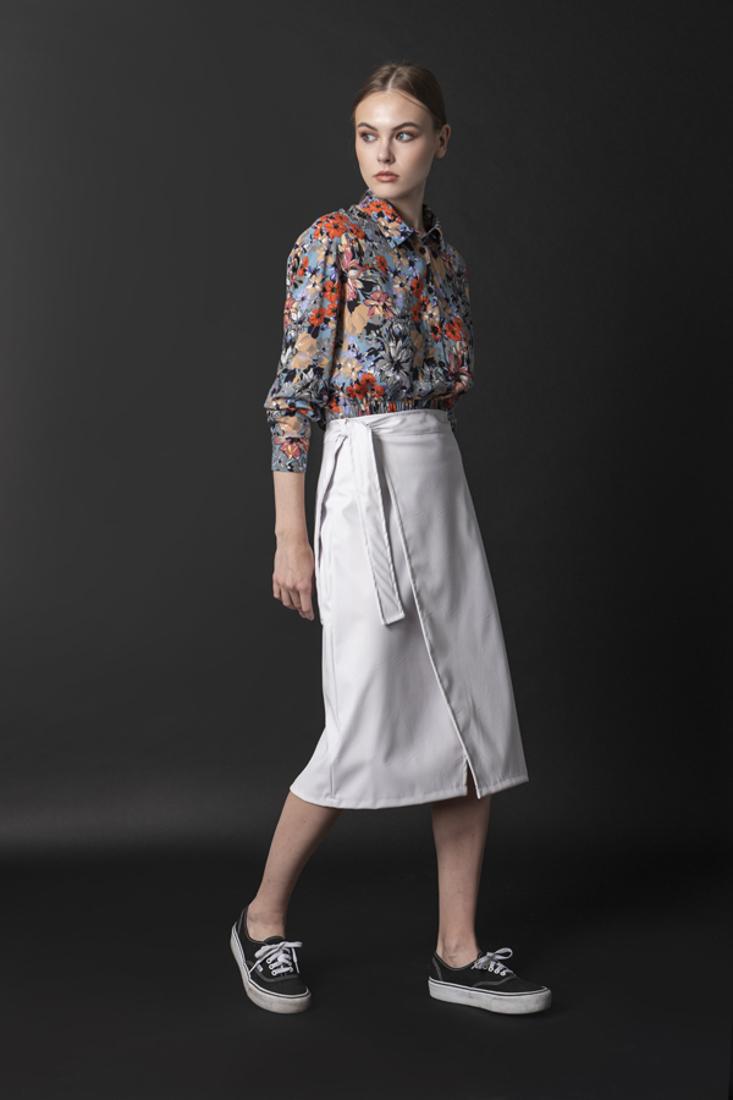 Picture of LEATHER EFFECT MIDI SKIRT