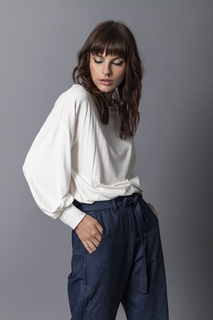 Picture of PUFF SLEEVE TOP (2)
