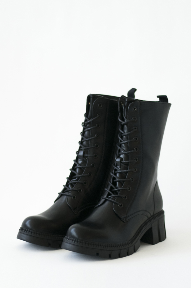 Picture of WIDE HEEL ANKLE BOOTS