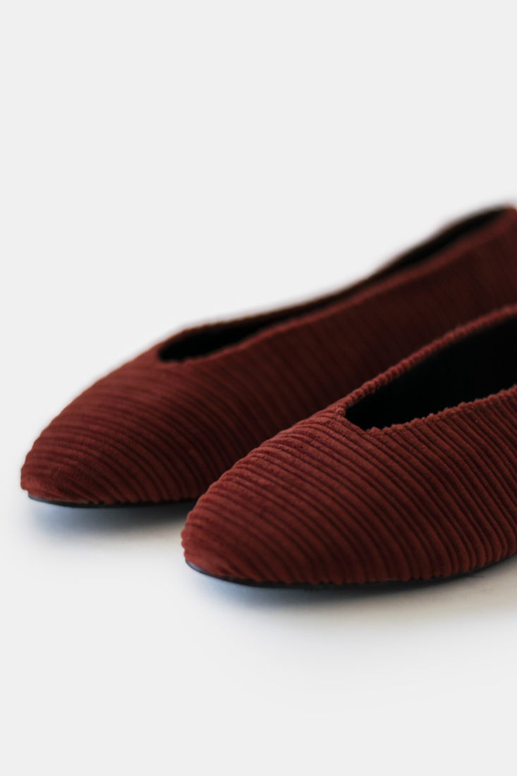 Picture of CORDUROY POINTED BALLERINAS (2)