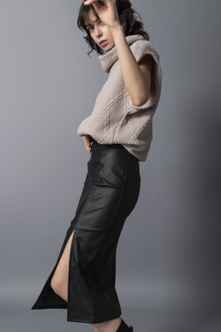 Picture of HIGH COLLAR TOP