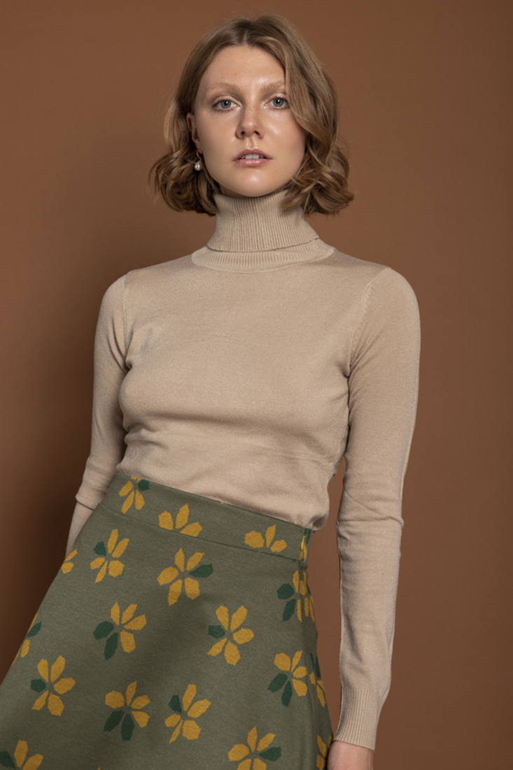 Picture of HIGH NECK KNIT SWEATER