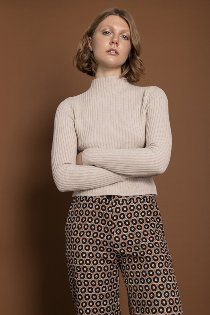 Picture of KNIT SWEATER (2)