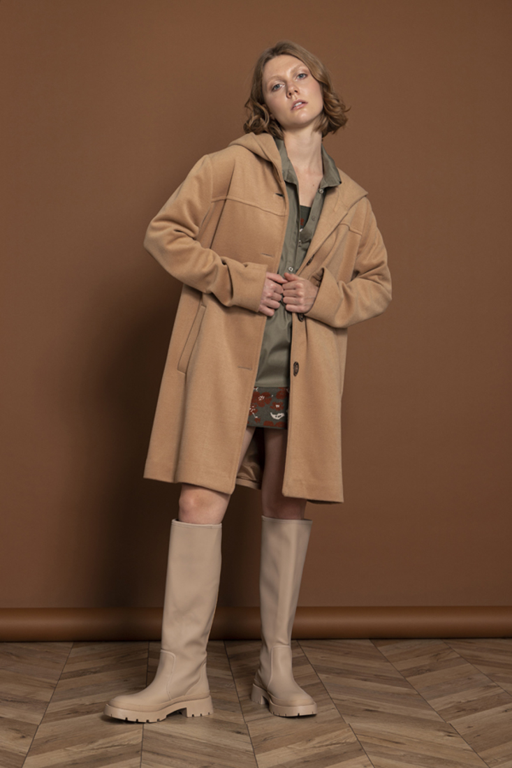 Picture of HOODED COAT (2)