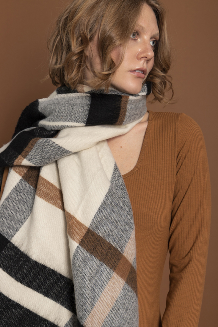 Picture of SOFT PLAID SCARF (2)