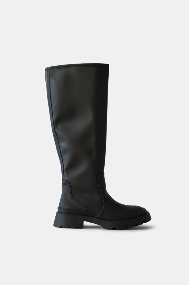 Picture of FLAT BOOTS (2)