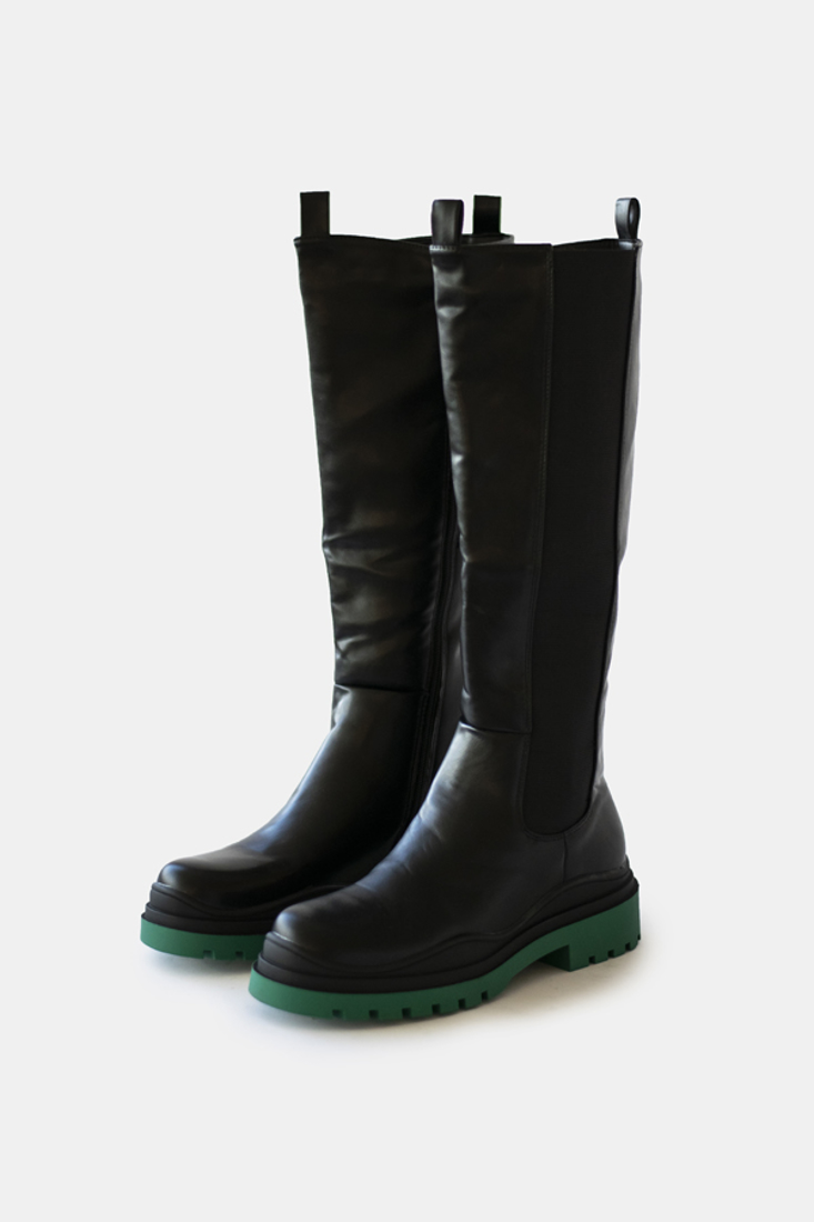 Picture of BOOTS (2)
