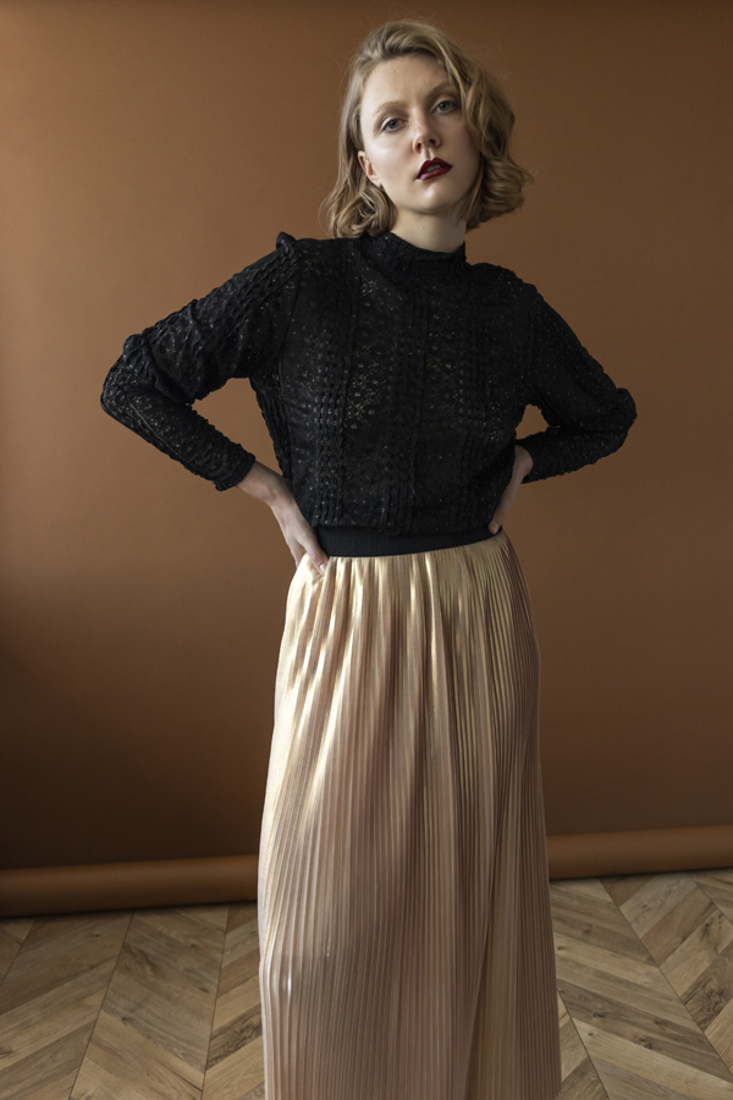 Picture of LACE TOP (2)