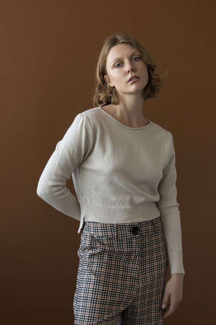 Picture of KNIT TOP (2)