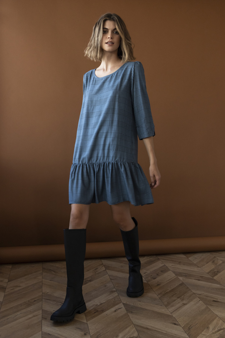 Picture of PLAID FRILLED DRESS (2)