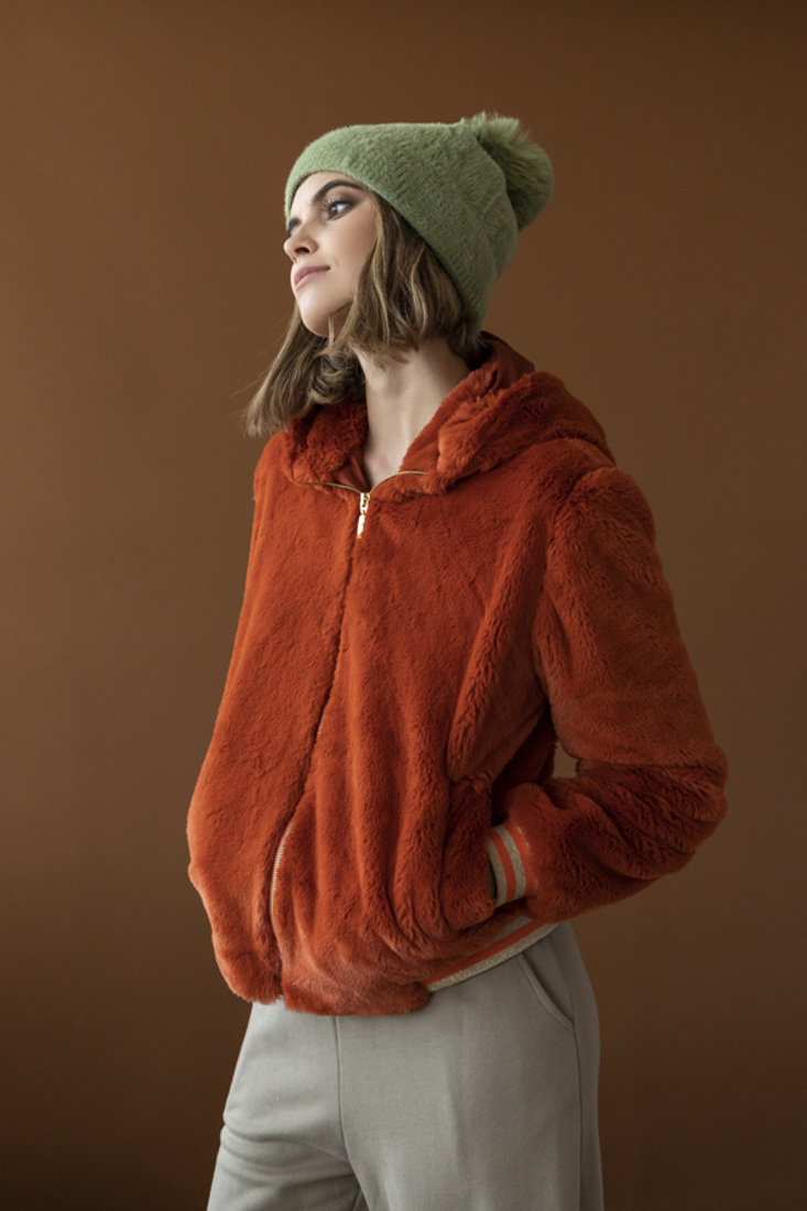 Picture of HOODED FAUX FUR JACKET (2)
